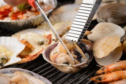 Seafood Grilled shell steamed clams