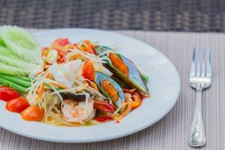 seafood papaya salad dish