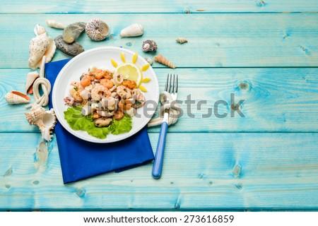 Seafood salad, texture