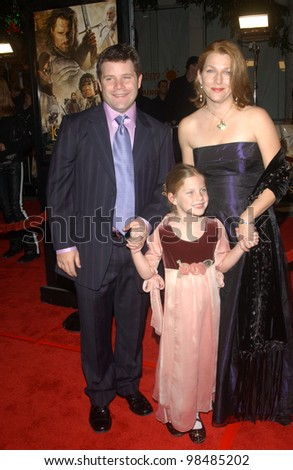 SEAN ASTIN & family at the USA premiere of his new movie The Lord of the Rings: The Return of the King, in Los Angeles. December 3, 2003  Paul Smith / Featureflash