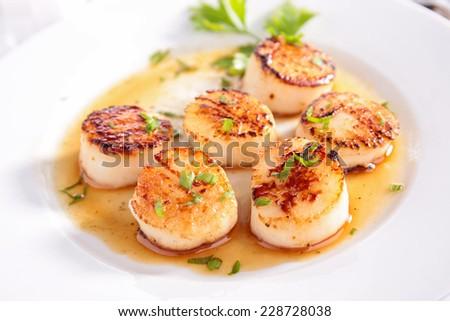 seared scallop