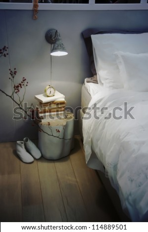 seasonal retro bed room