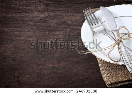seasonal table with cutlery