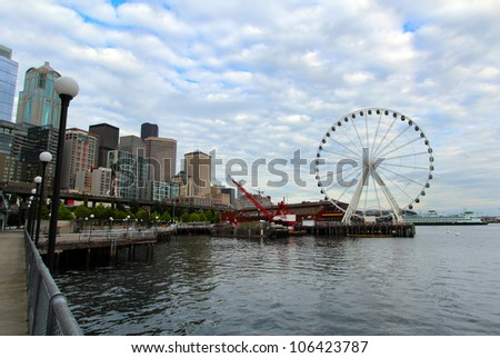 Seattle waterfront with Seattle Great Wheel
