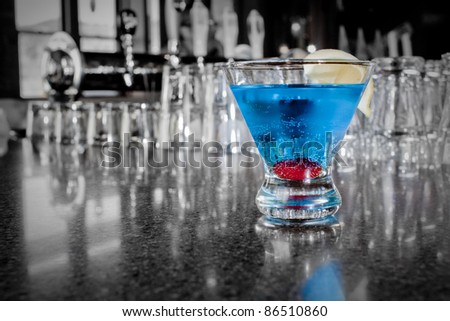 Selectively Colored Alcoholic Cocktail