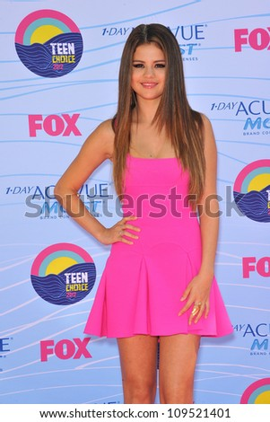 Selena Gomez at the 2012 Teen Choice Awards at the Gibson Amphitheatre, Universal City. July 23, 2012  Los Angeles, CA Picture: Paul Smith / Featureflash