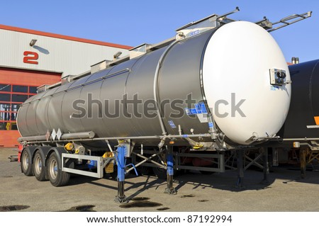 semi truck for fuel and oil transport