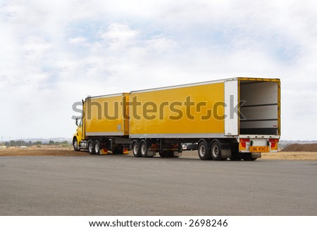Semi truck with 2 trailers