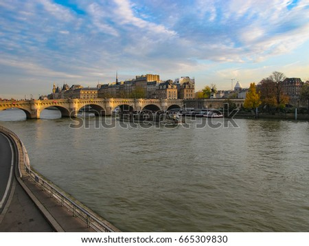 Shutterstock Sena River Paris - France
