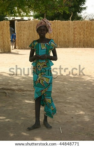 SENEGAL - FEBRUARY 13: Girl posing Peul, the nomadic Peul are the world's largest, live throughout West Africa, February 13, 2007 near Wassadou, Senegal