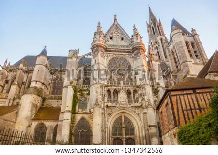 Senlis Notre Dame Cathedral. Senlis, Hauts-de-France, France. Zdjęcia stock ©