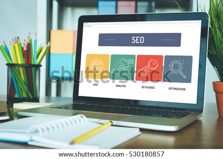 SEO ICON CONCEPT ON LAPTOP SCREEN