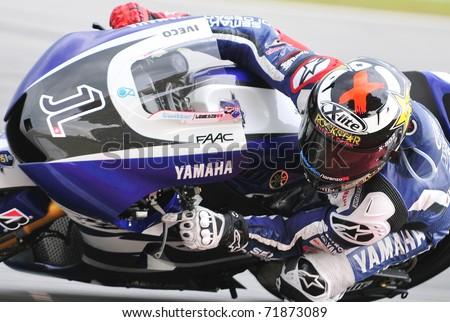 SEPANG, MALAYSIA-FEB 24: Jorge Lorenzo of Yamaha Factory Racing takes a lap at MotoGP Official Test Sepang 2 on Feb 24, 2011 in Sepang, Malaysia.