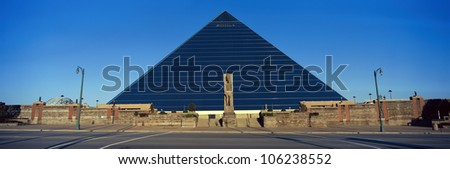 SEPTEMBER 2004 - Panoramic view of the Pyramid Sports Arena in Memphis, TN with statue of Ramses at entrance