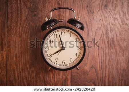 service time while clock waiting beginning morning wooden floor