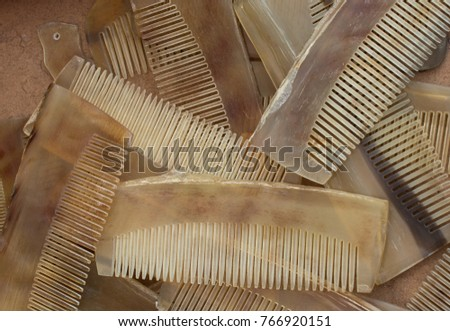 Set of brand new hand made horn comb #766920151