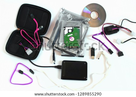 Set of storage media, 2,5 hdd, 3.5 hdd, usb disc, cd/dvd disc, ide/sata to usb convertor, external hard disc, protective box for hdd