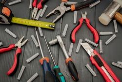 Set of tools for manual repair, construction or restoration work
