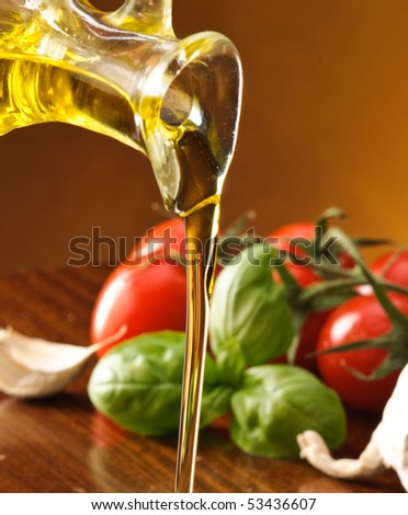 Setting olive oil