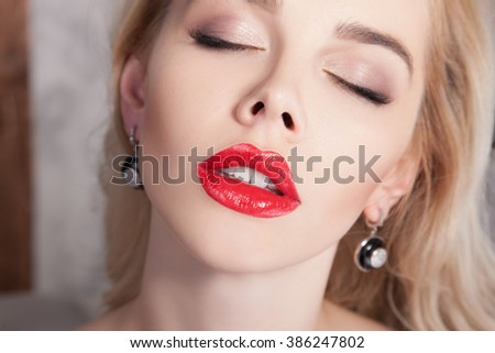 Deepthroat girls gone wild pictures