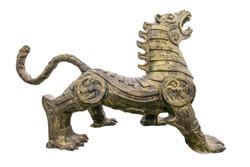 Shang Zhouhu beast bronze crafts close up
