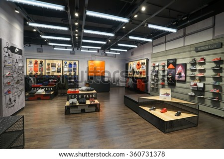 fashion brand shop