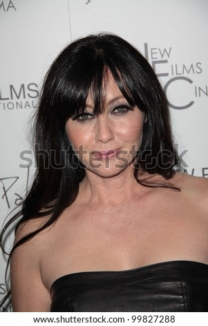 """Shannen Doherty  at the """"Burning Palms"""" Los Angeles Premiere, ArcLight Cinemas, Hollywood, CA. 01-12-11 - stock photo"""