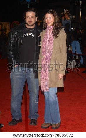 SHANNON ELIZABETH & husband JOSEPH REITMAN at the USA premiere of The Lord of the Rings: The Return of the King, in Los Angeles. December 3, 2003  Paul Smith / Featureflash