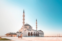 Sharjah Mosque Largest Mosque in United Arab Emirates Place to visit in Sharjah, Ramadan and Eid al Adha concept Islamic Background 2020, famous tourist and travel place in the world