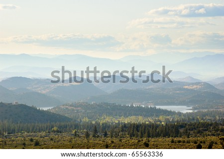 Shasta-Trinity National Forest mountains and lakes