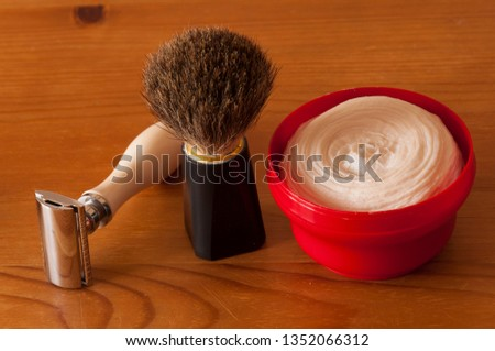 Shaving tools with shaving cream
