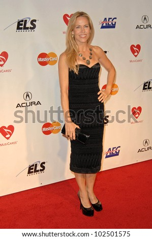 Sheryl Crow at the 2010 MusiCares Person Of The Year Tribute To Neil Young,  Los Angeles Convention Center, Los Angeles, CA. 01-29-10