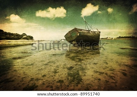 shipwreck in an Atlantic bay of Brittany