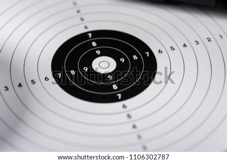 Shooting target for close-up shooting