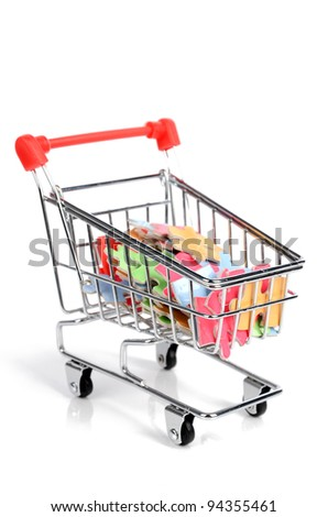 Shopping cart and puzzle
