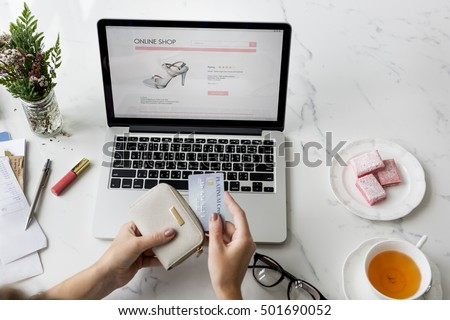 Shopping Online Technology Commercial Buying Concept