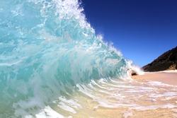 shore breaking wave