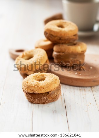 Shortcake with Condensed Milk in the circle form on the wooden table