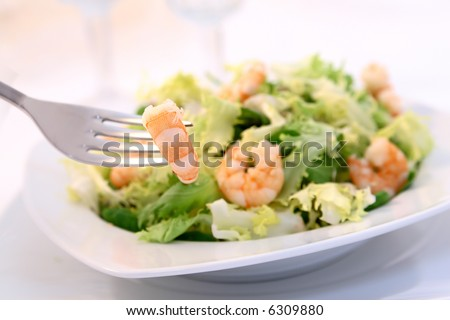 shrimp salad - shallow DOF - the shrimp in the fork is focus