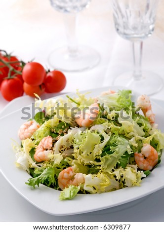 shrimp salad with lettuce - shallow DOF