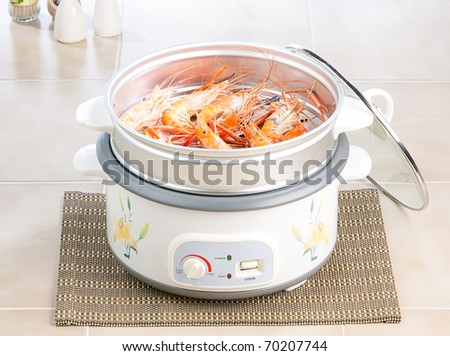 Shrimp seafood in the steaming pot ready to eat