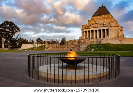Shrine of Remembrance in Melbourne, Australia at sunset Stockfoto ©