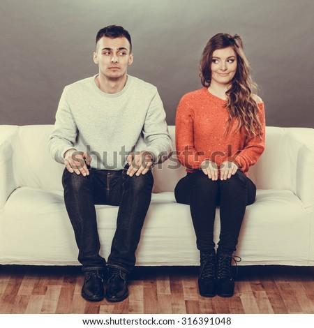 Dating multiple peopke awkward 1