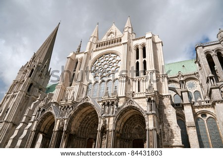 Side view of famous Chartres Notre Dame cathedral