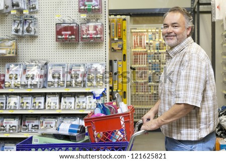 how to start a hardware store business
