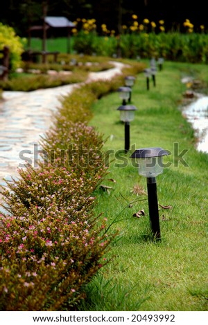 Sidewalk Garden Lamp