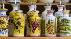 Siena - detrail of ceramics