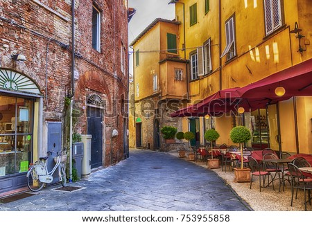 siesta hour in old town Lucca, Italy #753955858