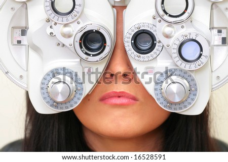 sight testing at the optician