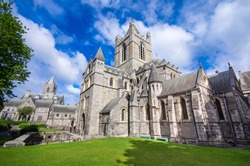 Sightseeing in Dublin: Beautiful Christ Church in the city center